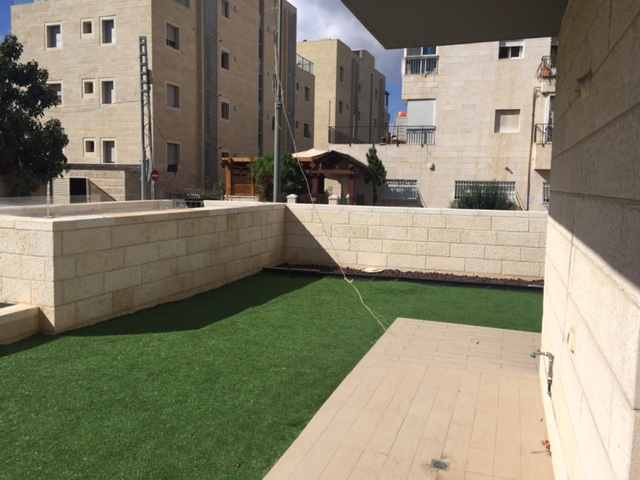 For sale, Jerusalem, Mekor Haim, nice 4 rooms apartment with garden